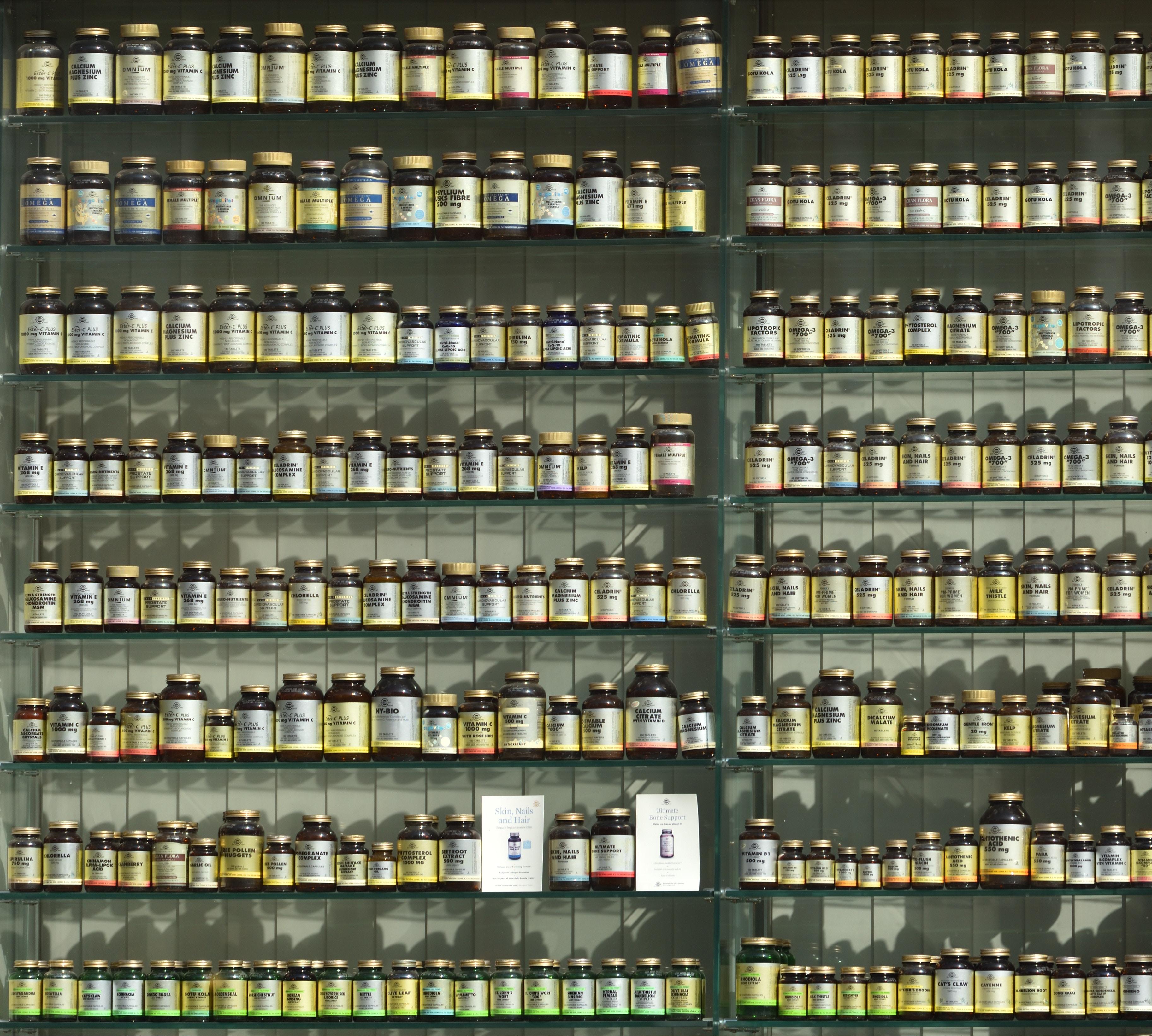 Prateleira de vitaminas